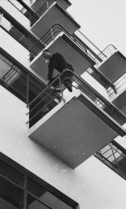 Lempertz-941-24-Photography-Laszlo-Moholy-Nagy-BAUHAUSBALCONIES-IN-DESSA